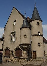 Arnay-le-duc - Maison Bourgogne.jpg