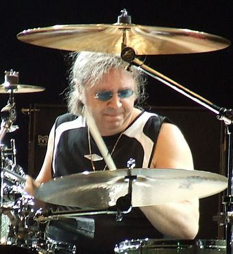 Drummer Ian Paice (2006) Arrow Festival8 Deep Purple-Paice Cropped.jpg