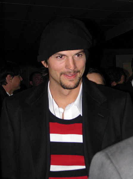 File:Ashton Kutcher 09 crop.jpg