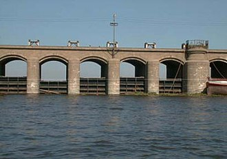 Assiut Barrage - Ibrahimiya Canal Intake Regulator, also completed in 1902