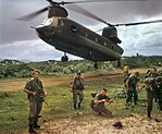 Australian soldiers with a US Army CH-47 Chinook helicopter in 1967.jpg