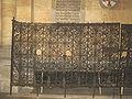Avila iglesia san Vicente reja romanica lou.jpg