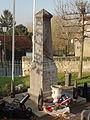 Avrechy (60), monument aux morts.JPG