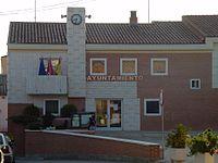 Ayuntamiento de Villanueva de Perales.jpg