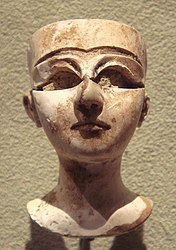 BMAC, Female head, 3rd - early 2nd millennium BCE.jpg