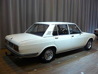 BMW New Six - 1969 BMW 2500 Rear view.