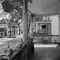 Balkon op Gravenstraat 85, gezicht op huisnummers 83-81 - 20652528 - RCE.jpg