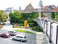 Bayreuth Hohenzollernring, Hängebrücke zum Rotmaincenter, 11.09.09.JPG
