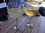 Beber solo es de mala educacion (5761291709).jpg