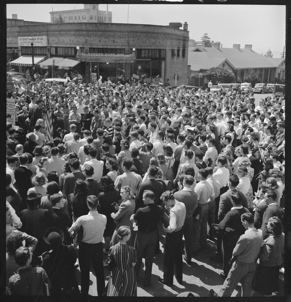 Berkeley, California. University of California Student Peace Strike. About half of the students assembled at the... - NARA - 532103