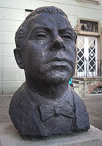 Berlin Denkmal Max Reinhardt 2005. jpg