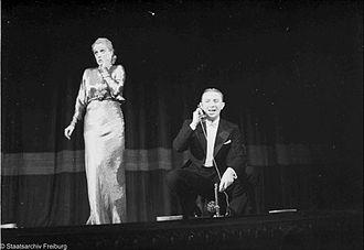 Theo Lingen - Lingen and Genia Nikolajewa performing at the Scala vaudeville theatre in Berlin, 1936