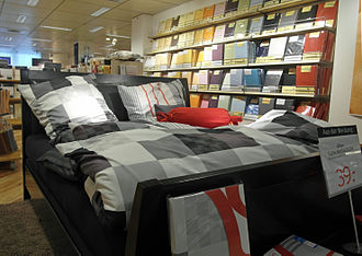 Bedding - Bedclothes in a retail store
