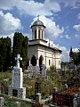 Biserica din cimitir - Zamfira.jpg