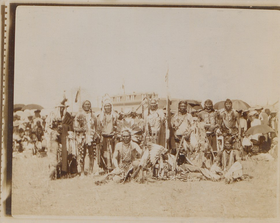 Blackfoot warriors, Macleod, Alberta (HS85-10-18724)