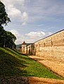 Brasov zidul cetatii - panoramio.jpg