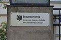 BraunschweigJohannesSelenkaSchuleSchild.JPG
