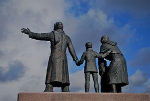 Auswandererdenkmal - Auswandererdenkmal