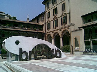 Bresso - Cavour Square
