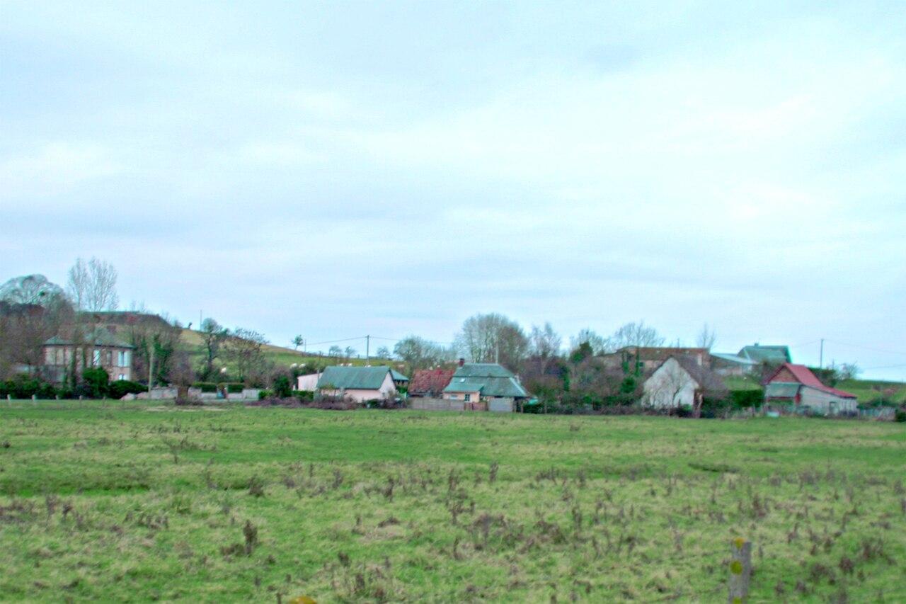Le centre de Brucourt vu du nord-ouest