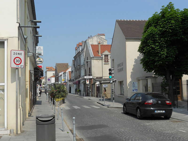 Bry-sur-Marne France  City new picture : Bry sur Marne grande rue Wikimedia Commons