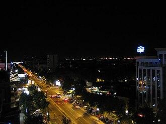 Bulevar - Liberation Boulevard by night