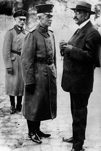 Kapp Putsch - Walther von Lüttwitz (centre) and Gustav Noske (right), c. 1920