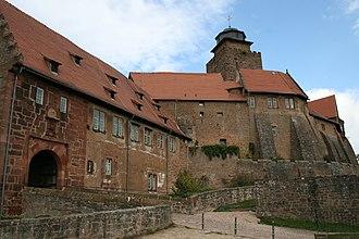 Breuberg - Breuberg castle, keep (Bergfried) and main gate.