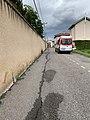 Bus Colibri, rue des Andrés (Saint-Maurice-de-Beynost) en mai 2019.jpg