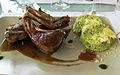 Côtes d'agneau de Sisteron à la purée de pommes de terre au persil et à l'ail.JPG