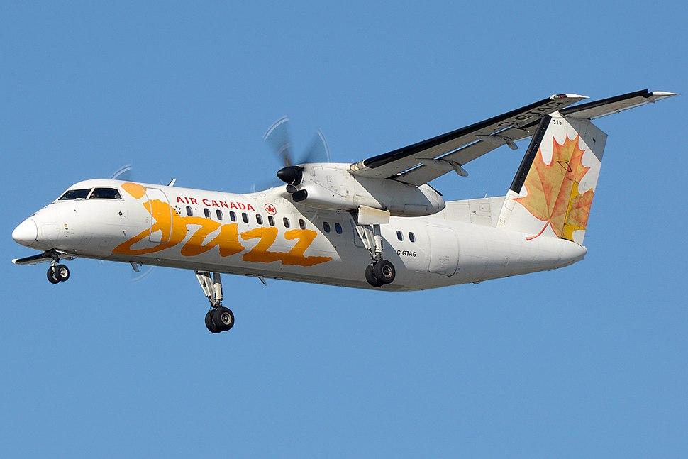 C-GTAG landing in Vancouver