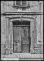 CH-NB - Saint-Maurice, Maison de la Pierre, Porte, vue d'ensemble - Collection Max van Berchem - EAD-7635.tif