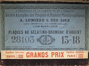Dry plate - Box of photographic plates.