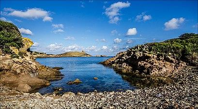 Camí de Cavalls 2—A Small Cove before Cala des Tamarells del Sud.jpg