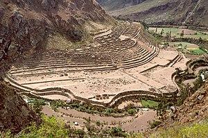 Patallacta - Patallacta viewed from above on the Inca trail near Willkaraqay
