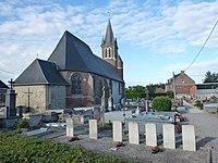 Campagne-lès-Wardrecques (Pas-de-Calais, Fr) église et 7 tombes de la CWGC.JPG
