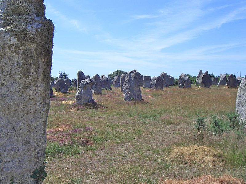 File:Carnac stones 2004 3.jpg