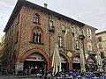 Casa rossa Pavia.jpg