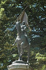 equestrian statue of Joan of Arc