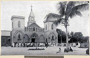 Sacred Heart Cathedral, Brazzaville - Image: Cathédrale de Brazzaville avant 1926