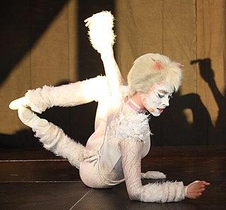 Victoria the White Cat