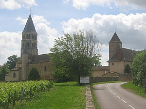 Chânes Village, France, 2009.jpg