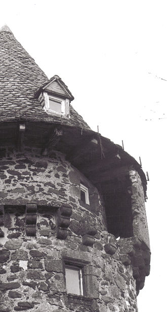 Anglards-de-Salers - The Chateau de la Trémollière: detail of the keep