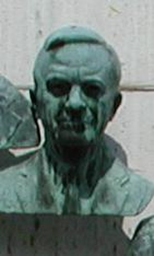 Charles Armstrong (physician) - Armstrong's bronze bust at Warm Springs