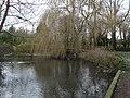 Charlton - Charlton Lakes - geograph.org.uk - 1216038.jpg