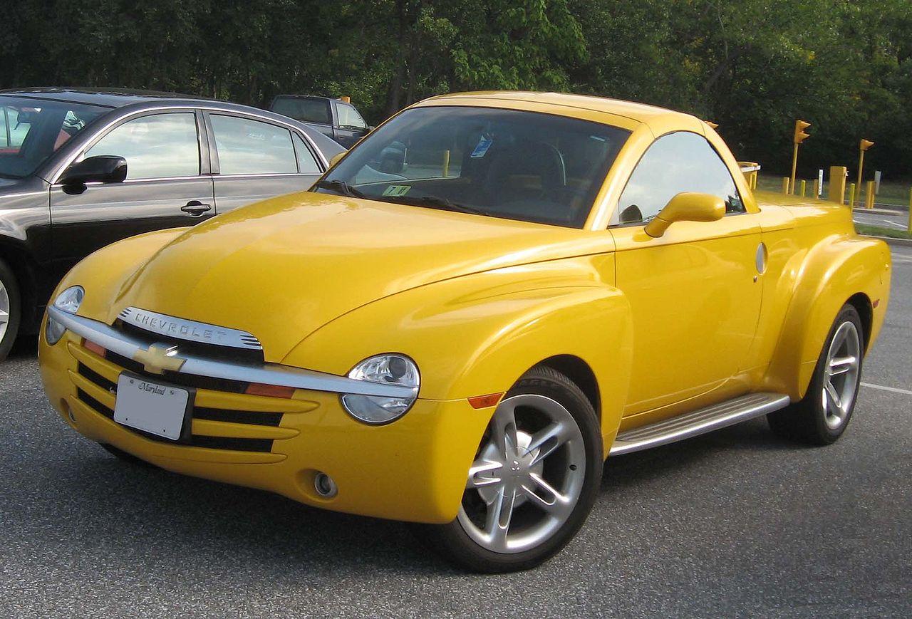 1280px-Chevrolet_SSR.jpg
