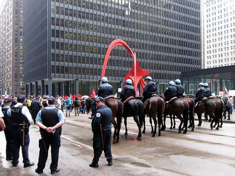 File:Chicago manif 1er mai.JPG