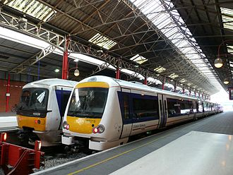 London–Aylesbury line - Class 165 and 168 trains at London Marylebone