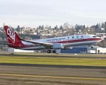 China United Airlines Boeing 737-800.jpg