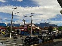 Cidade de Cruzeiro e Serra da Mantiqueira.jpg